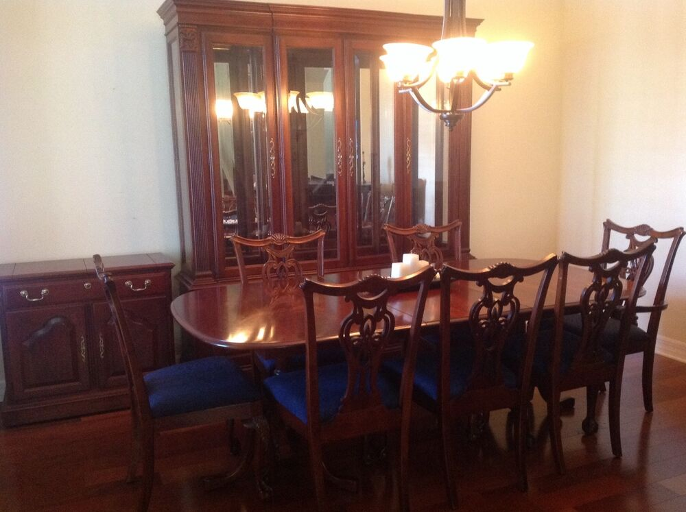 Cherry wood heirloom pennsylvania house dining room set w for Wood dining room furniture