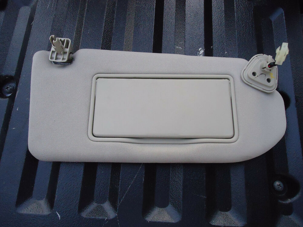 right rh passenger side sun visor lighted vanity mirror oc14g516 ebay. Black Bedroom Furniture Sets. Home Design Ideas