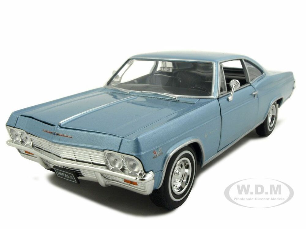 1965 chevrolet impala ss 396 light blue 1 24 diecast model. Black Bedroom Furniture Sets. Home Design Ideas