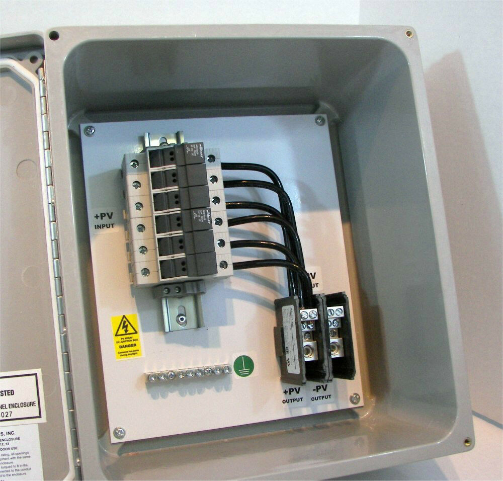 solar power combiner box - fused