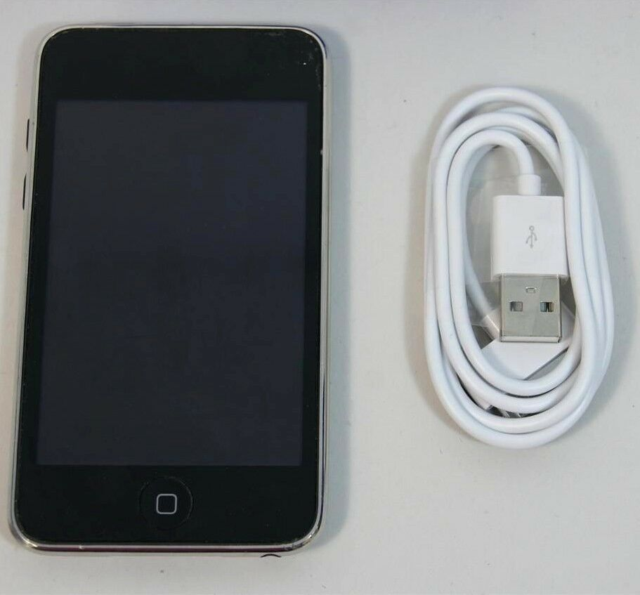 used working apple ipod touch 2nd generation 8gb a1288. Black Bedroom Furniture Sets. Home Design Ideas