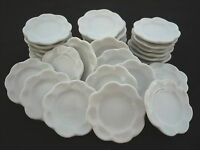 30x22 mm.White Flower Plates/Scalloped Plates Dollhouse Miniatures Ceramic Deco