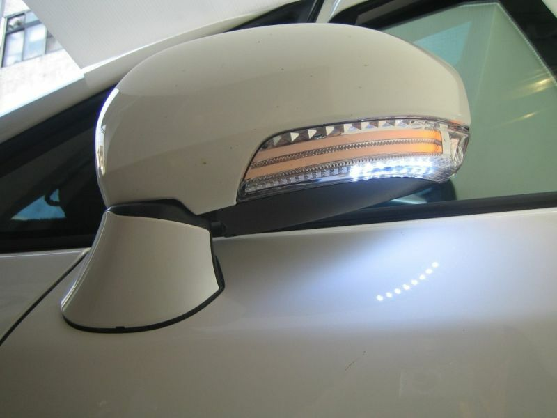 toyota prius 2010 2015 gen iii led mirror cover turn signal light lamp unpainted ebay. Black Bedroom Furniture Sets. Home Design Ideas
