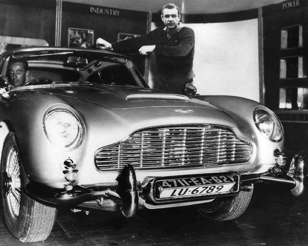 Sean Connery Aston Martin James Bond 007 8x10 Photo 019 | eBay