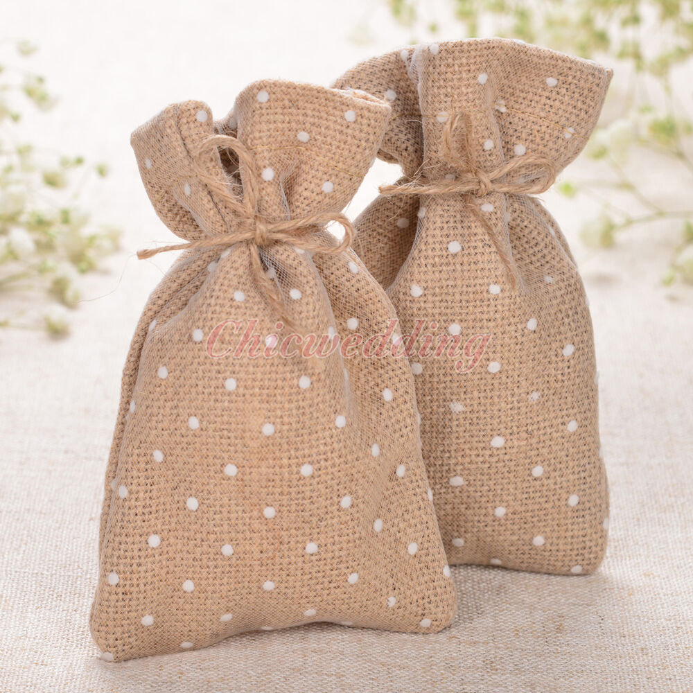 Rustic burlap gift bags jewelry candy pouches hessian for Wedding favor gift bags