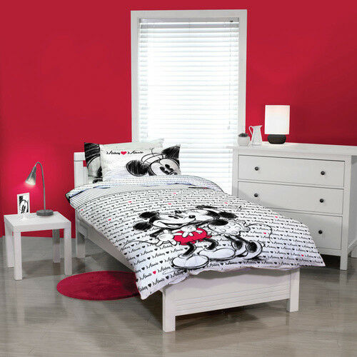 Disney Mickey Loves Minnie Kissing Single Double Queen Bed