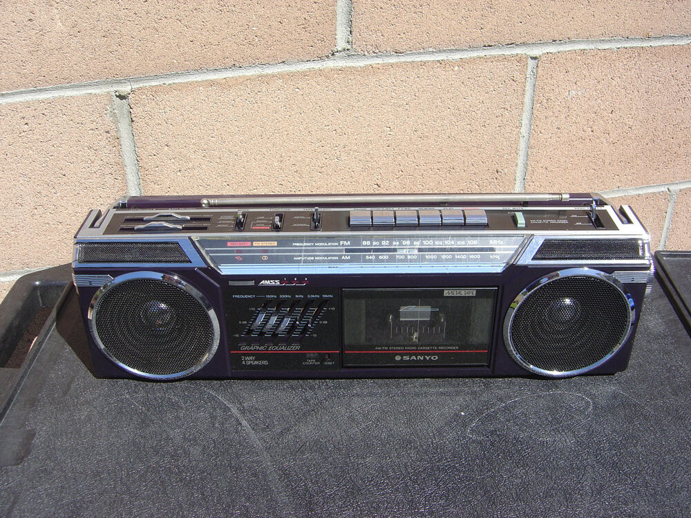 sanyo m7775 stereo radio cassette recorder vintage boombox. Black Bedroom Furniture Sets. Home Design Ideas