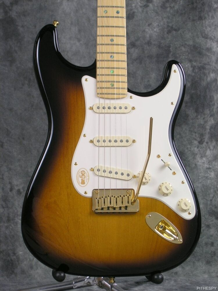 mint 2004 fender american deluxe 50th anniversary stratocaster with case strat ebay. Black Bedroom Furniture Sets. Home Design Ideas