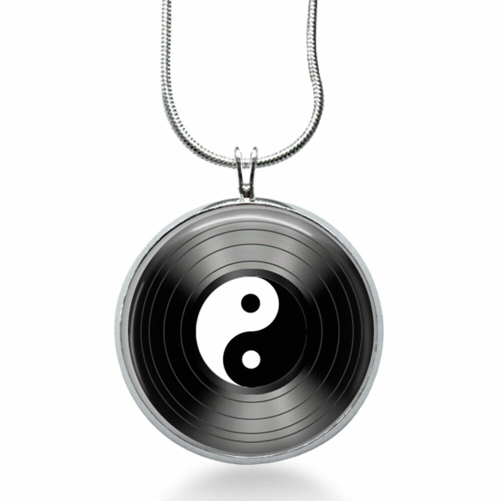 yin yang necklace peace jewelry black and white