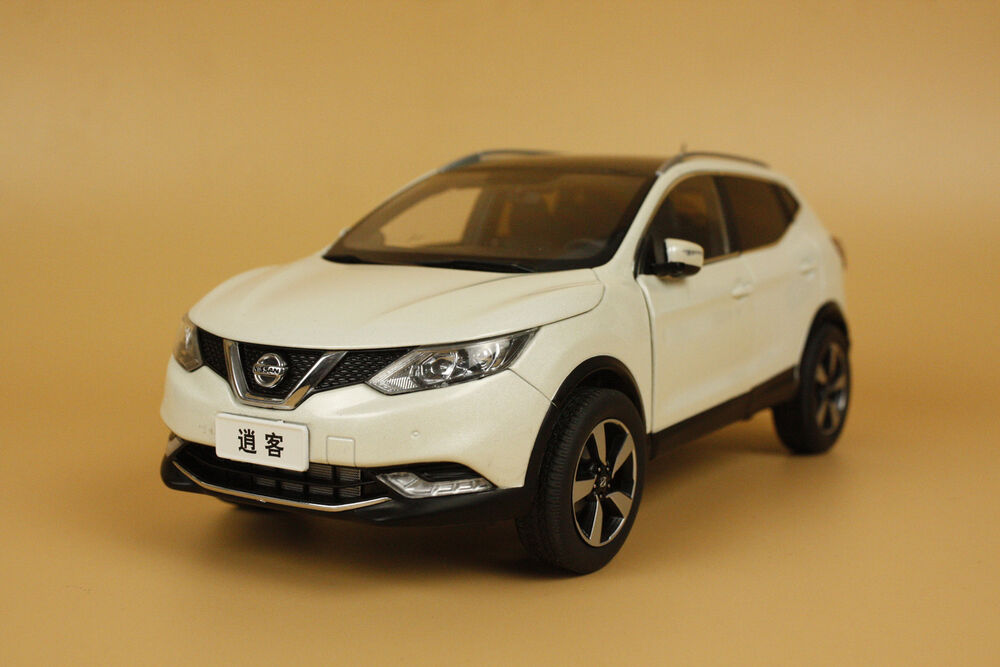 1 18 dealer edition nissan qashqai 2015 die cast model white small gift ebay. Black Bedroom Furniture Sets. Home Design Ideas