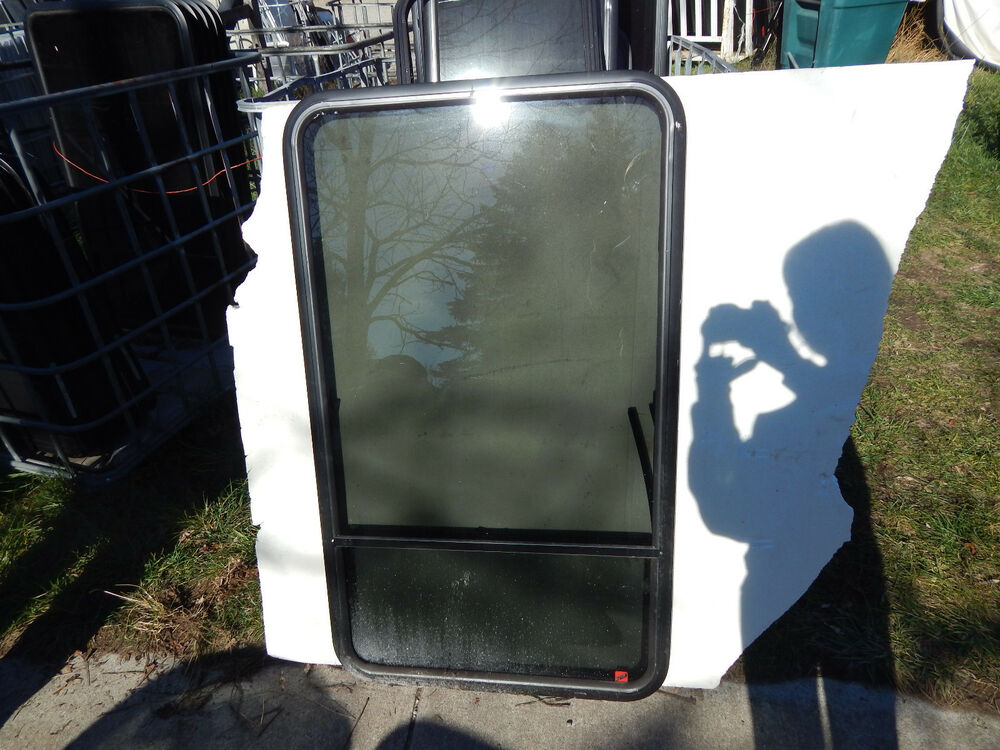 Rv Window 28 Quot X48 Quot Hehr No Trim Rings With Screens