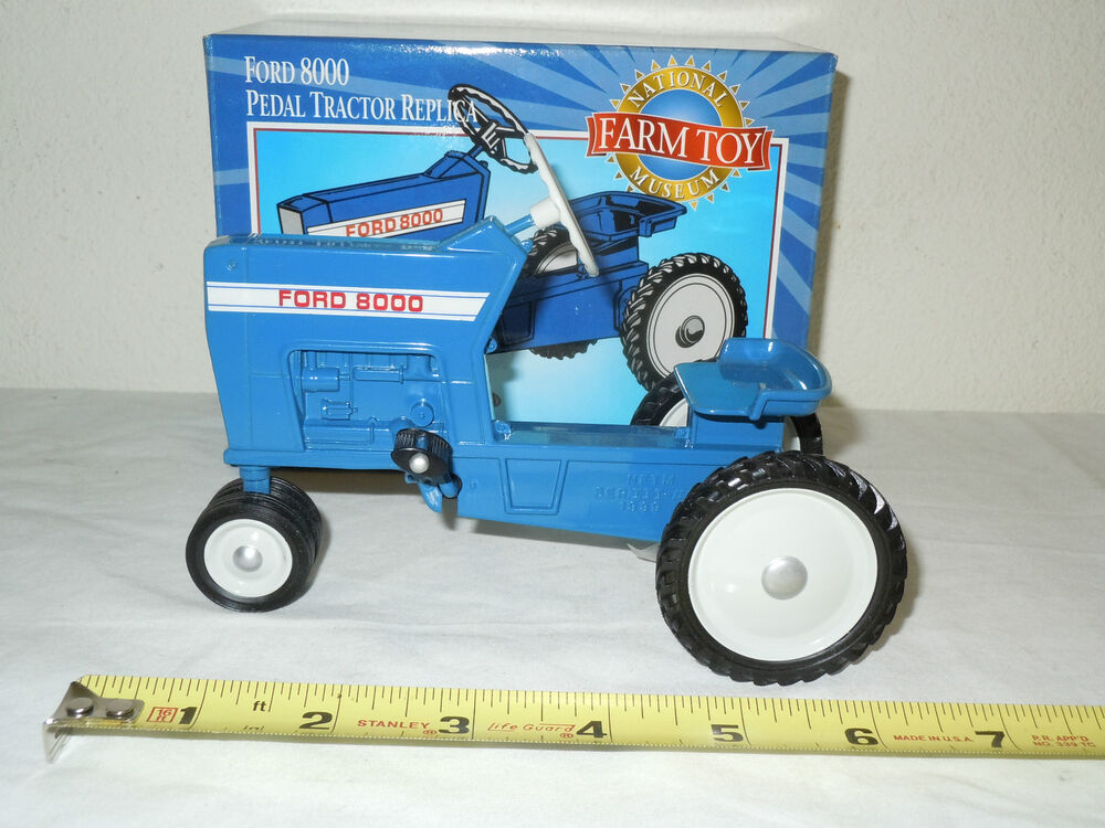 Ford 8000 Tractor Seat Parts : Ford pedal tractor national farm toy museum edition
