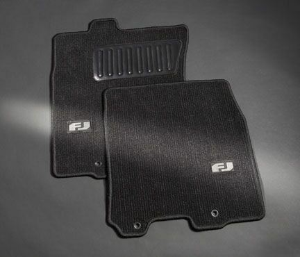 toyota fj cruiser 2007 2010 carpet floor mats oem new. Black Bedroom Furniture Sets. Home Design Ideas