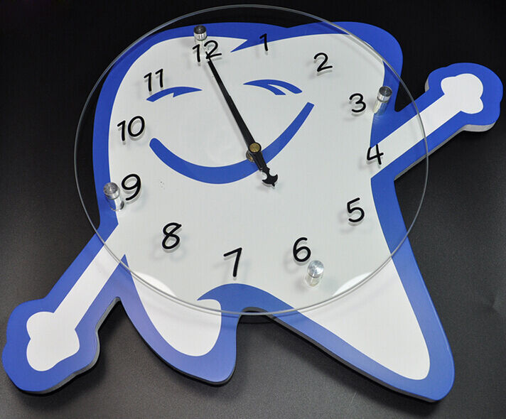 Tooth Shape With Smile Face Wall Clock For Dental Office