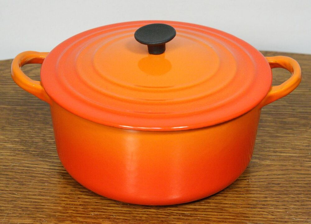 vintage le creuset b saucepan 2 qt lidded cast iron dutch oven pot france ebay. Black Bedroom Furniture Sets. Home Design Ideas