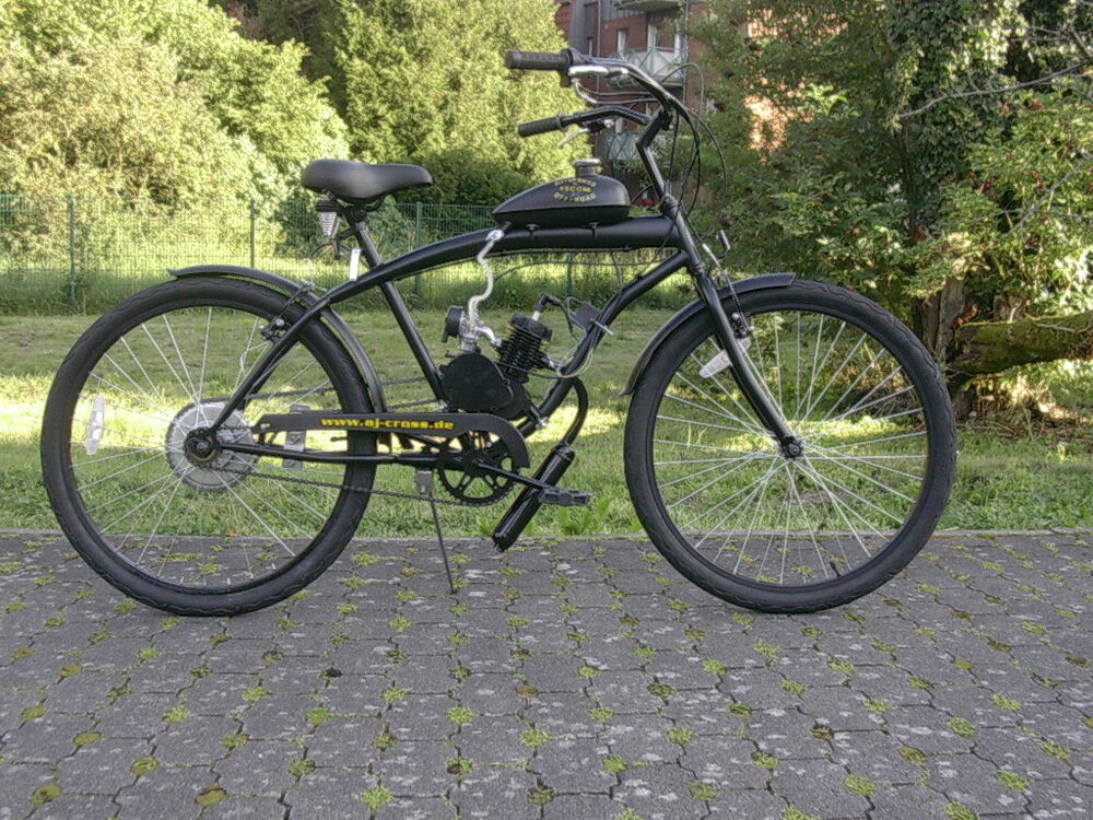 beachcruiser cruiser mit hilfsmotor fahrrad benzin motor. Black Bedroom Furniture Sets. Home Design Ideas
