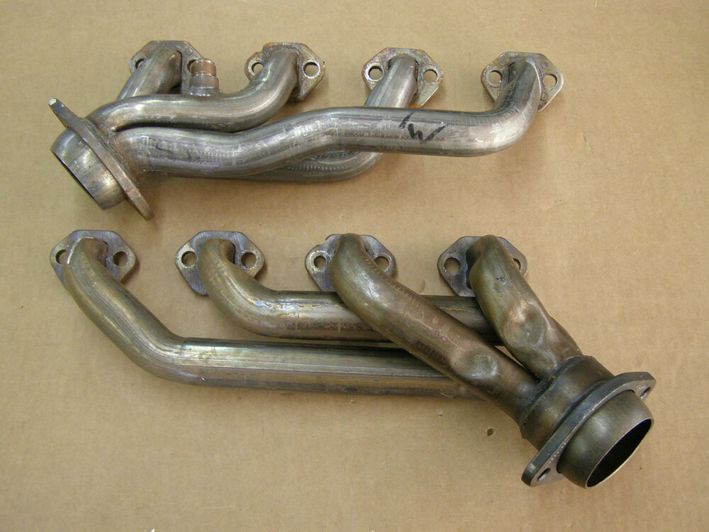 nos oem ford 1994 1995 mustang gt 5 0 headers ebay. Black Bedroom Furniture Sets. Home Design Ideas
