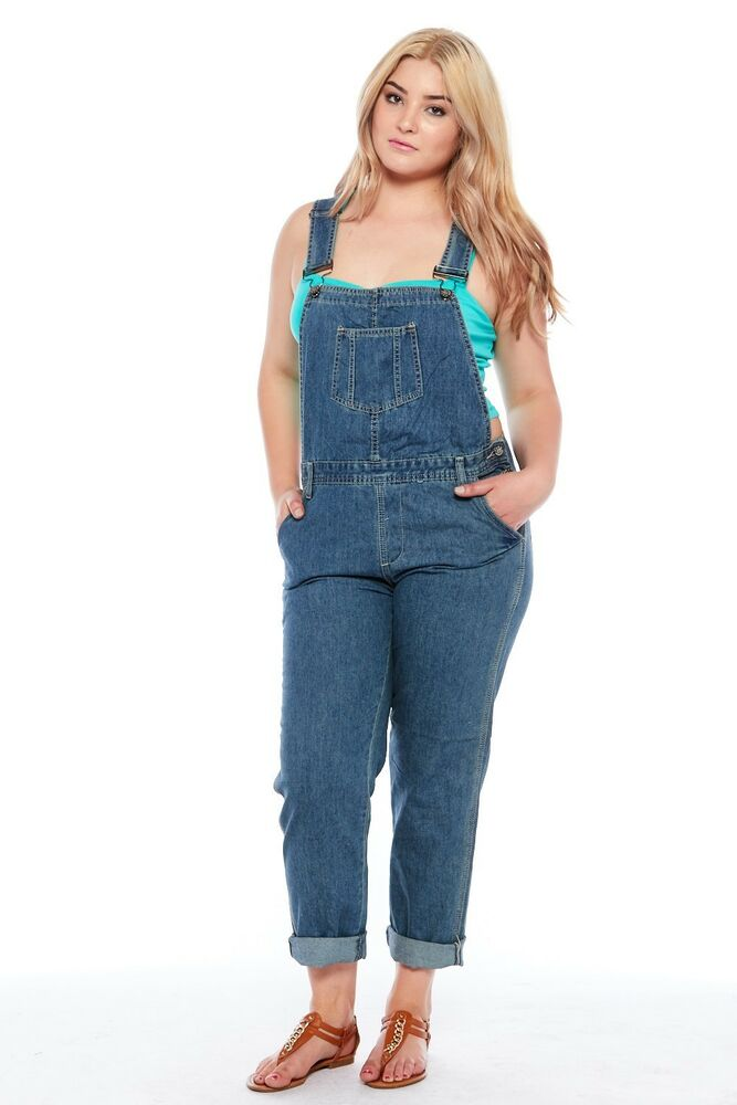 Overalls for women provide a lot of 90's-inspired outfit options which are all the rage right now. A summer staple, denim overalls provide a casual, effortless aesthetic to an outfit. Choosing what to pair with women's denim overalls can sometimes seem like a challenge.