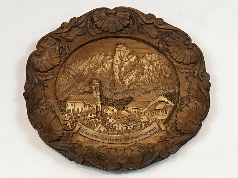 Vintage german bavaria wood carved d plate