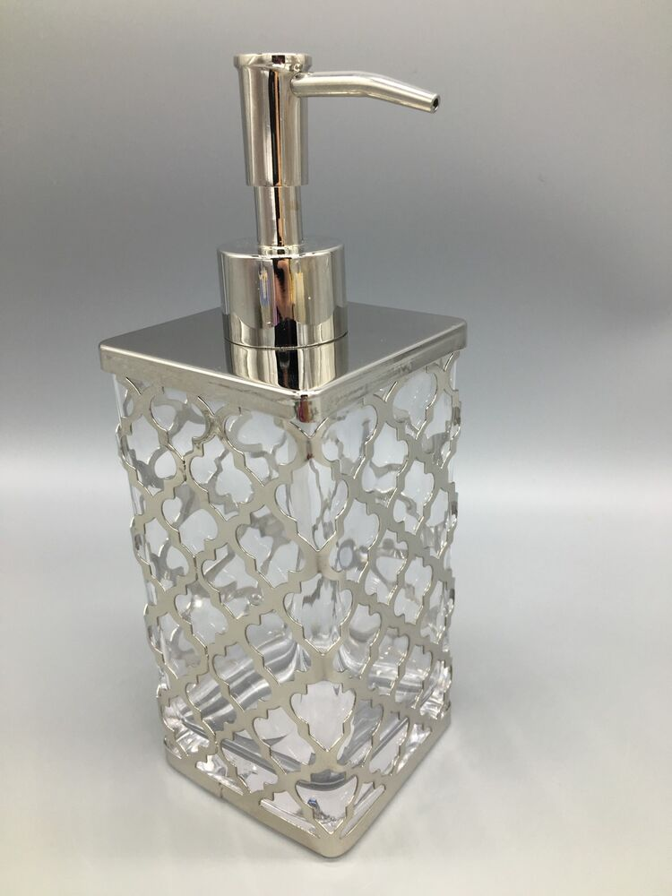 Bella lux quatrefoil liquid soap pump dispenser silver for Bella lux bathroom accessories uk