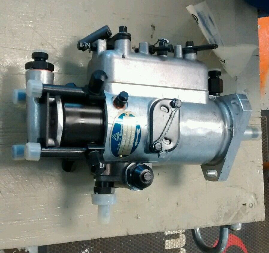 Tractor Injector Pump : Tx long tractor injector pump some white