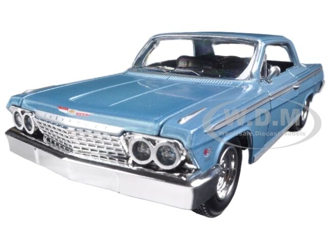 1962 chevrolet impala ss blue 1 24 diecast model car by. Black Bedroom Furniture Sets. Home Design Ideas
