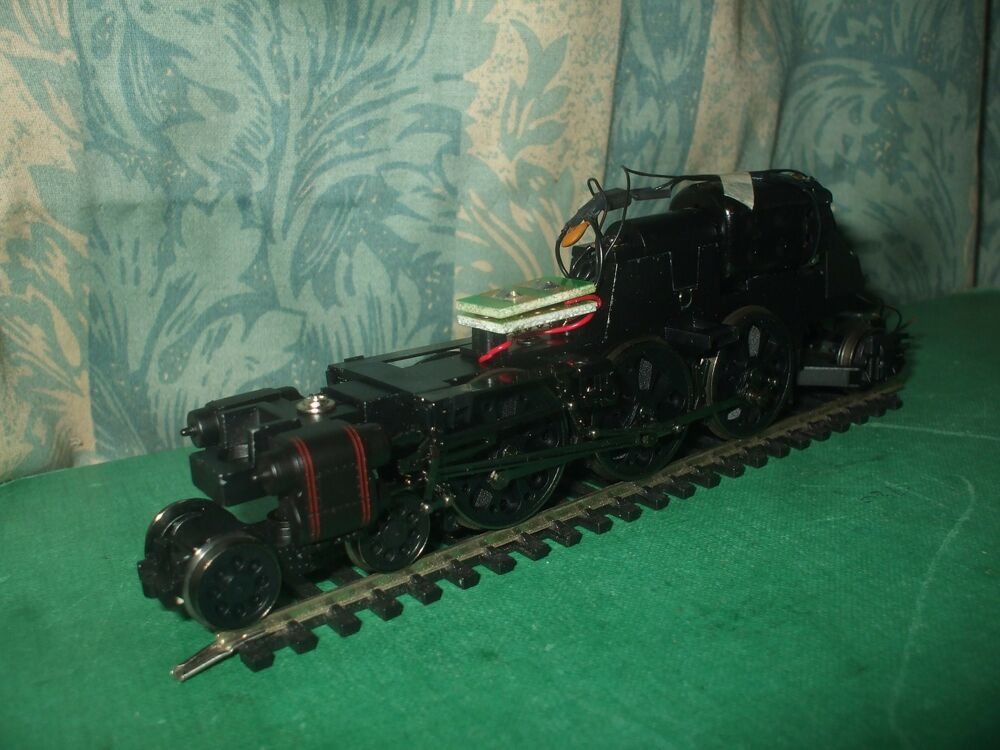 Hornby Ex Sr Rebuilt Merchant Navy Class Loco Chassis Only Ebay