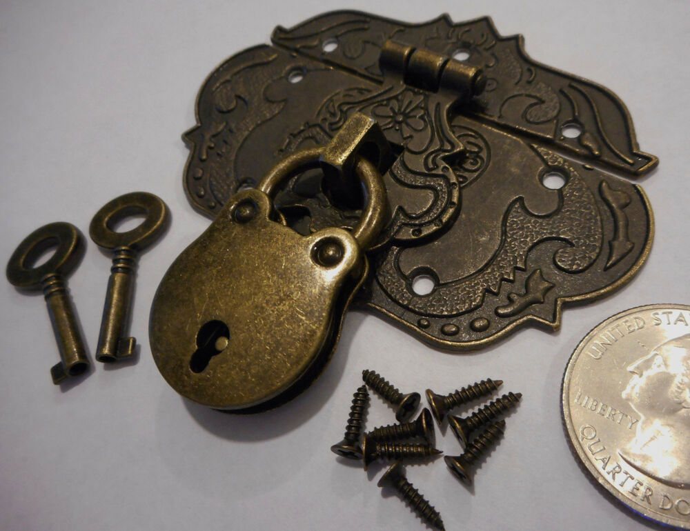 Small Chest Hasp With Lock And Keys Reproduction Jewelry