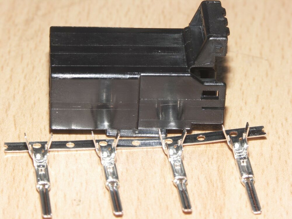 Harley Davidson Oem Amp Tyco 4 Wire Multi Lock Female