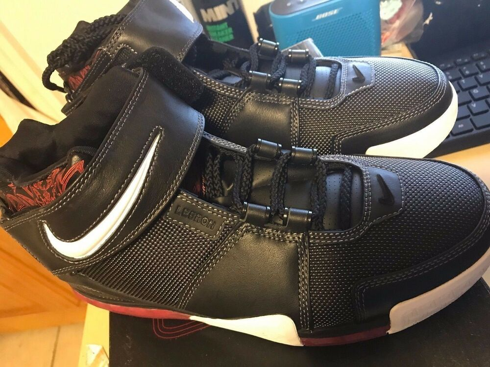separation shoes f51c3 48037 Details about 2004 Nike Zoom LEBRON II 2 BLACK WHITE SILVER VARSITY RED  BRED 309378-011 DS 9.5