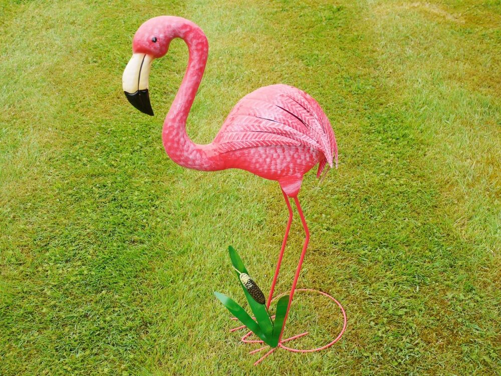 Pink Flamingo Metal Garden Statue Garden Ornament Pond
