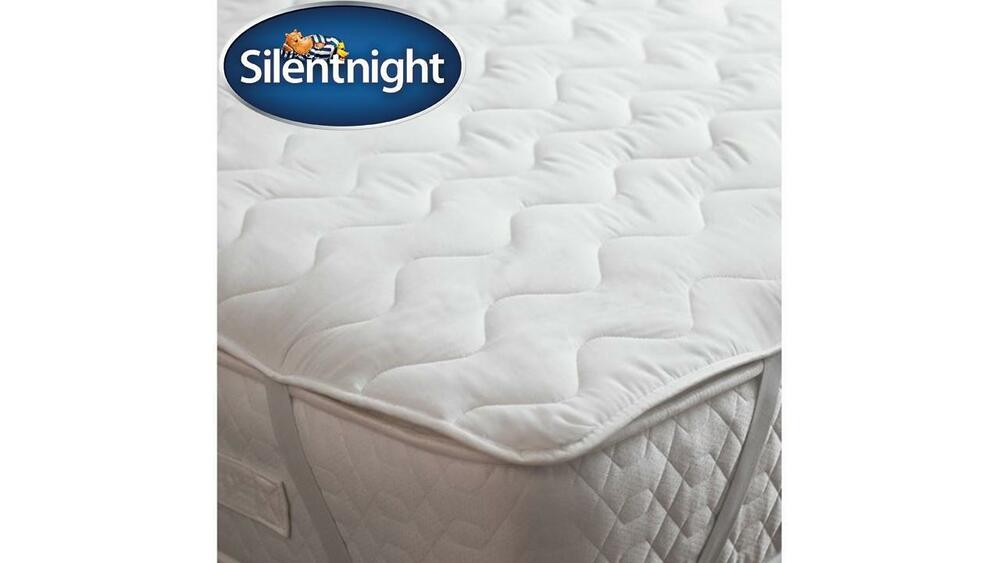 silentnight luxury mattress topper hollowfibre super king. Black Bedroom Furniture Sets. Home Design Ideas