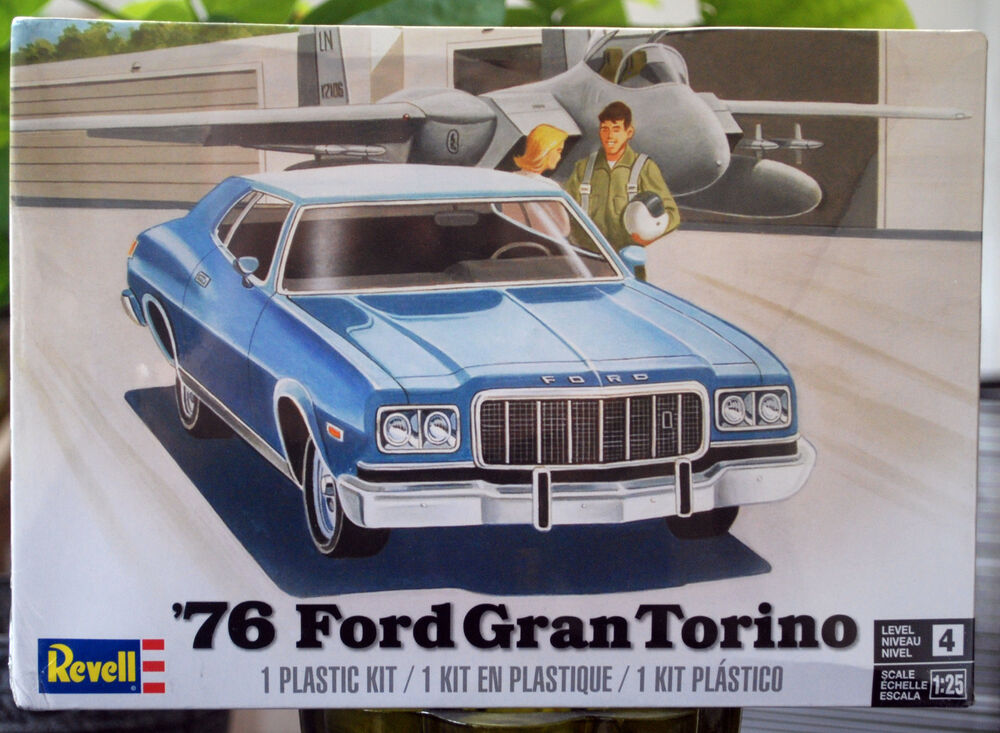 1976 ford gran torino 1 25 revell 4412 neu neu 2017 new. Black Bedroom Furniture Sets. Home Design Ideas