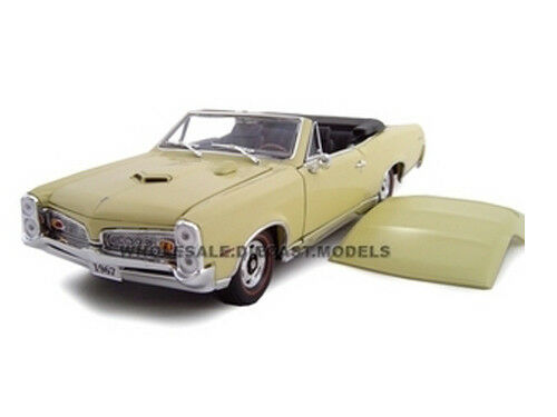 1967 pontiac gto convt cream 1 24 diecast model car by. Black Bedroom Furniture Sets. Home Design Ideas