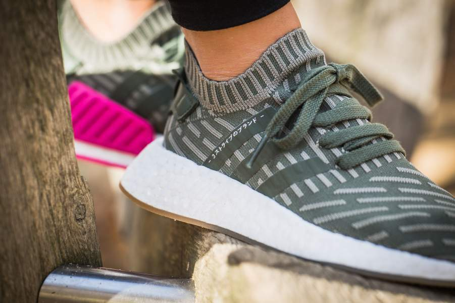 9ed34b59d9b51 NEW WOMENS ADIDAS NMD R2 PK SNEAKERS BY9953-SHOES-SIZE 9.5