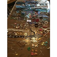 Large Lot Of Mixed Jewelry Wear, Repair, Remix