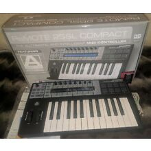Novation Remote 25SL Compact USB MIDI Controller 25 Keyboard Drum Pads Automap