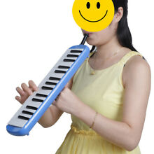 Keyboard Harmonica Melodion 32 key with Soft Case for Beginner Blue