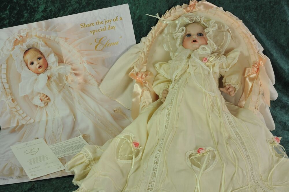 Porzellanpuppen Elena Porcelain Christening Doll In Bassinet COA Hamilton Collection Boehm