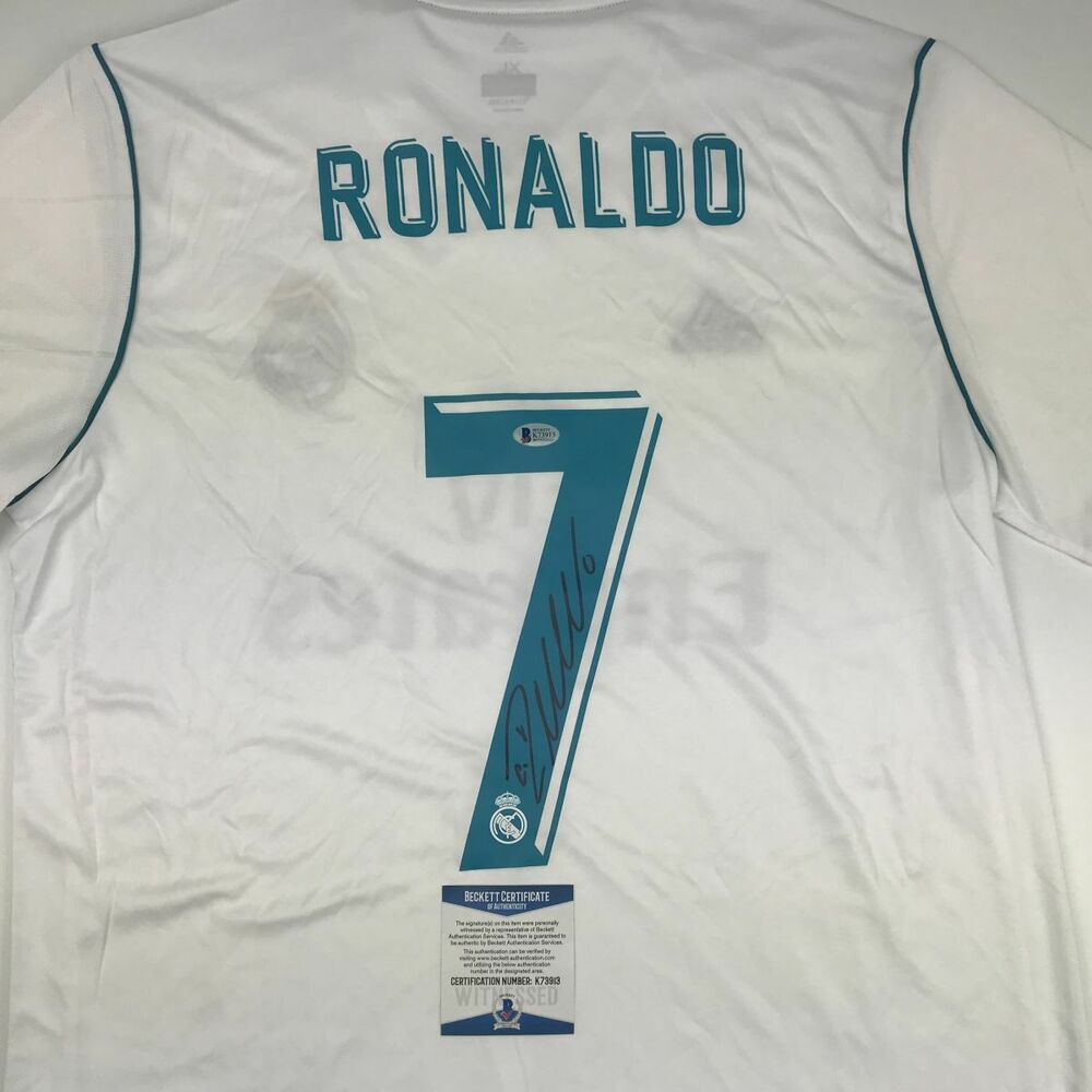 587687352 Details about Autographed Signed CRISTIANO RONALDO Real Madrid White Jersey  Beckett BAS COA
