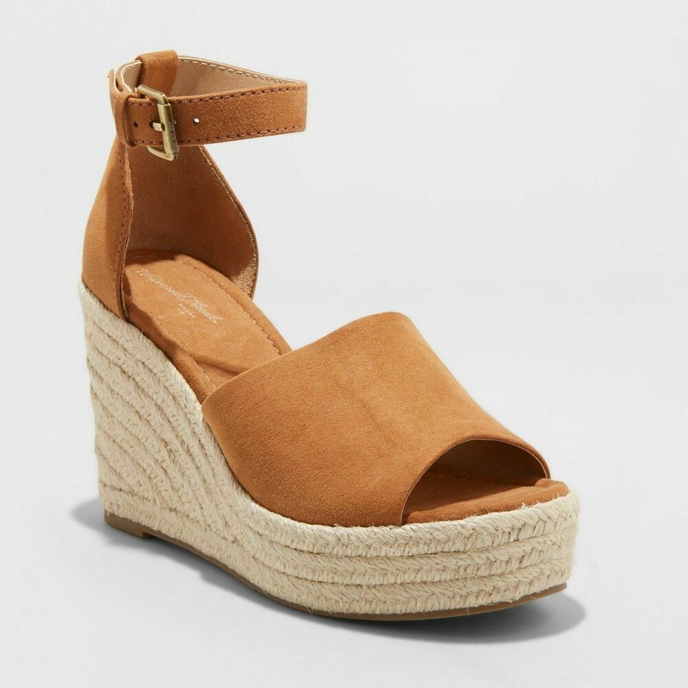 bf24e8c51c05 Details about Women s Emery Espadrille Sandals - Universal Thread- Chestnut