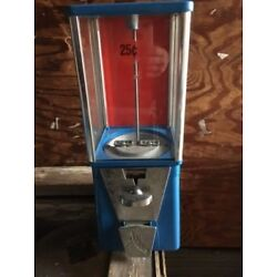Used OAK Astro Vista Candy Gumball machine 25 cent vend Incl Lock & key USA made