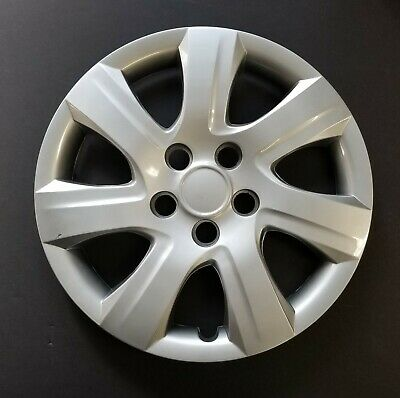 One Wheel Cover Hubcap Fits 2010-2011 Toyota Camry 16