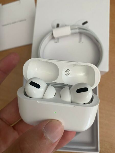 CUFFIE APPLE AIRPODS 3 PRO RICARICA WIRELESS WHITE BLUETOOTH  - LEGGI !! NUOVO