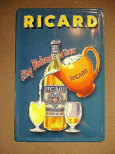 Quimper,FranceTOLE PLAQUE METAL bombée COLLECTION ANIS RICARD pastis bar ADVERTISING TIN SIGN