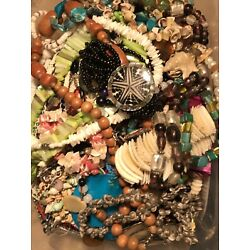 Kyпить 9.5 LBS LOT Fashion Necklaces Bracelets All Wearable Shell Beaded MOP Glass Boho на еВаy.соm