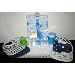 Kyпить NEW Lot of Infant Baby Toddler Items Bibs, Blankets, Spit Up Towels, Cups & More на еВаy.соm