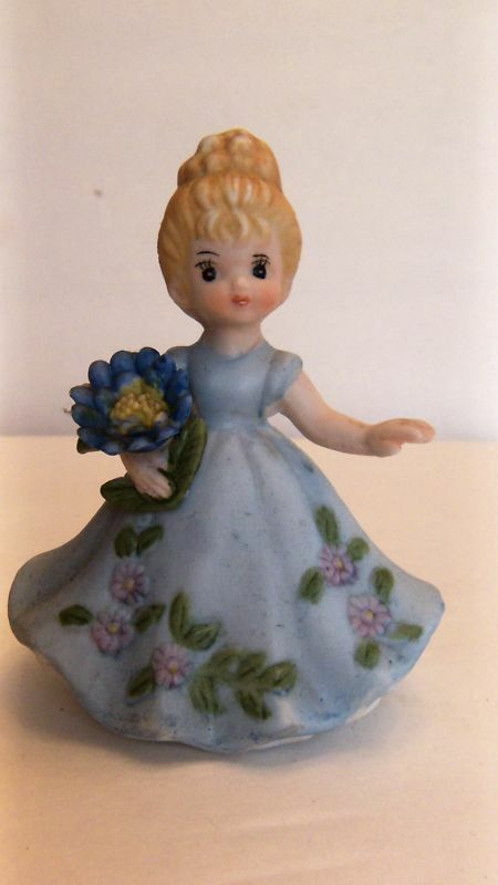 Vintage Little Girl Figurine Blue Dress Flowers Ceramic Ebay