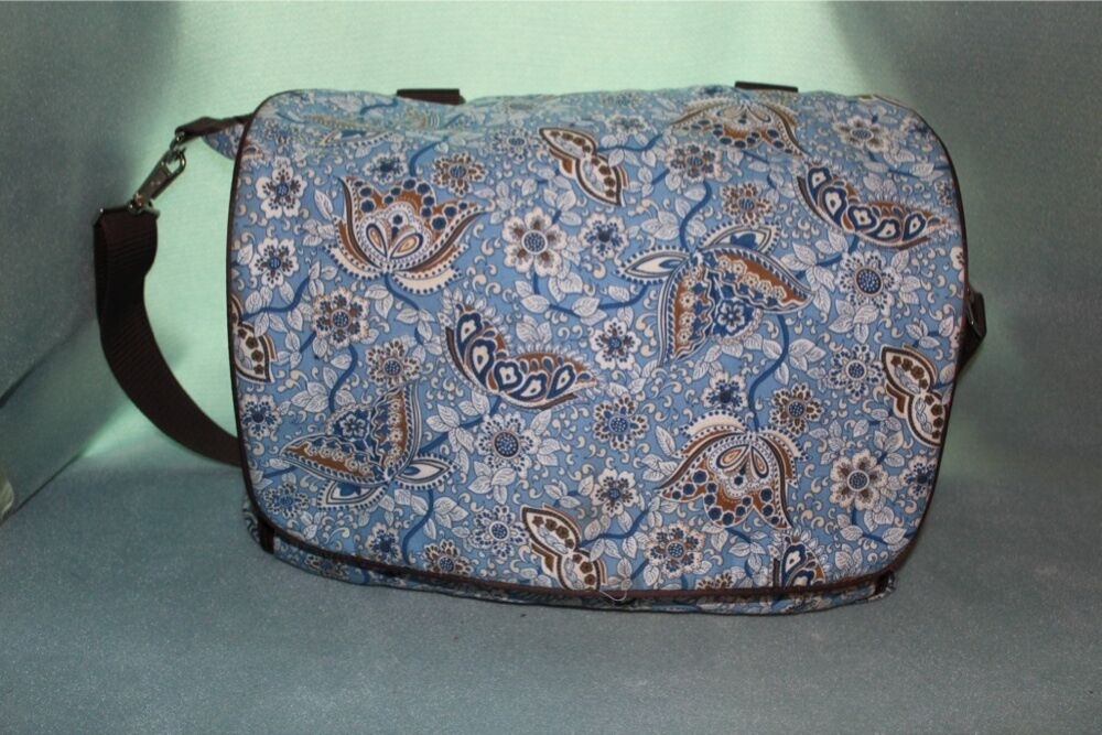 bumble bags jessica blue paisley messenger backpack diaper bag ebay. Black Bedroom Furniture Sets. Home Design Ideas