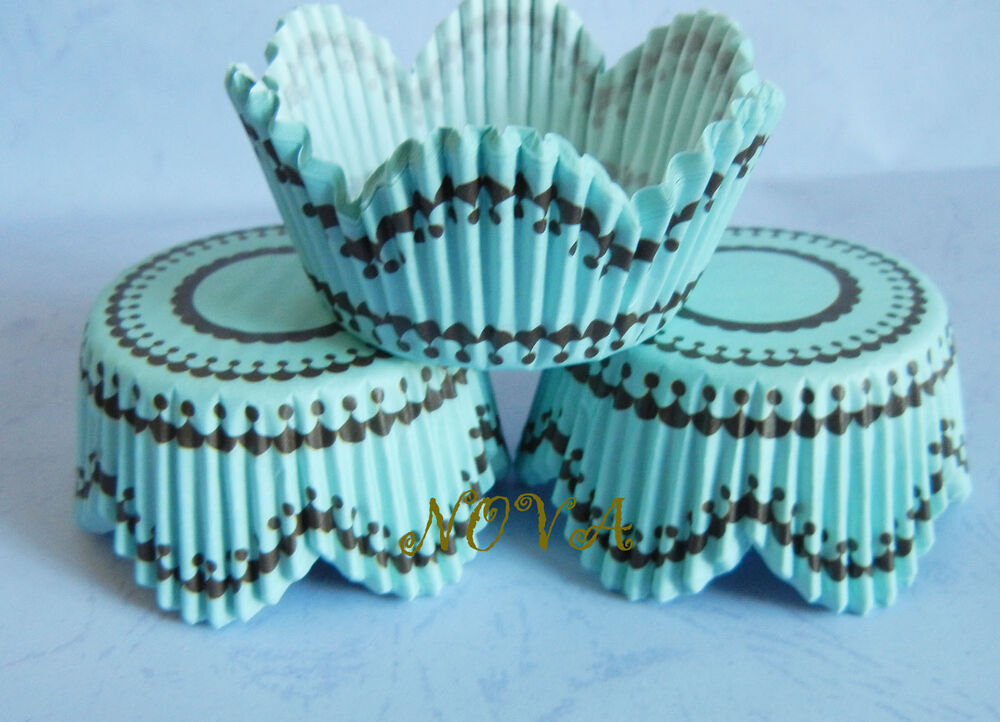 DIY Easy Cupcake Wrappers – Make your own Cupcake Sleeves